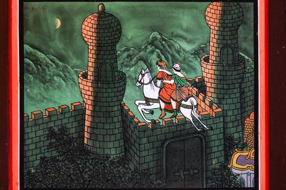 싯다르타는 마부와 함께 카필라 성을 떠났다. 세상을 향한, 우주를 향한, 내면을 향한 그의 출가였다.