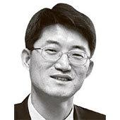 신성식논설위원 겸 복지전문기자