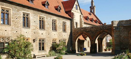 마르틴 루터가 아버지의 반대를 뿌리치고 가톨릭 수도자로 출가했던 에어푸르트 아우구스티누스 수도원.