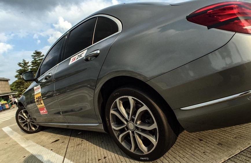 대회에 참가하는 차량은 주최측이 제시한 기준에 맞춰 리버리킷을 부착해야 한다. 사진 : 박상욱 기자