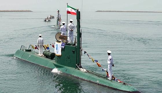 이란 소형 잠수정 가디르급은 북한이 연어급을 개량해 제공했다는 의혹이 있다. [사진 밀리터리엣지]