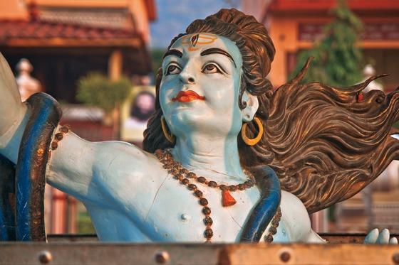 인도인들이 사랑하는 힌두교의 신 시바. 시바신의 몸을 타고 하늘에서 흘러내린 물이 갠지스강이 됐다고 한다.