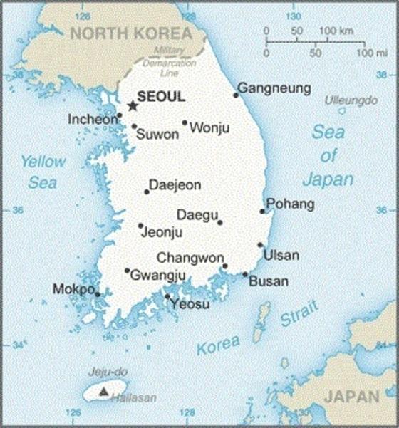 미국 중앙정보국(CIA)이 홈페이지에 공개한 '월드팩트북'(국가정보보고서) 한국편 지도. 일본편 지도에는 독도의 미국식 표기인 '리앙쿠르 암초'(Liancourt Rocks)가 표기됐으나 한국편에는 삭제돼 있다. 리앙쿠르 표기가 한국편 지도에 빠진 게 CIA의 실수인지 의도적인 것인지는 확인되지 않았다. CIA는 한국편과 일본편 지도에 동해의 명칭을 이전과 같이 '일본해'(Sea of Japan)로 표기했다. [사진 CIA홈페이지 캡처]