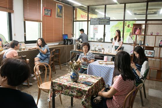 경기상상캠퍼스 안에 마련된 청년 창업가들을 위한 휴식공간 [사진 경기문화재단]
