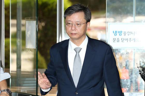 직권남용 등 혐의로 불구속기소된 우병우 전 청와대 민정수석. 장진영 기자