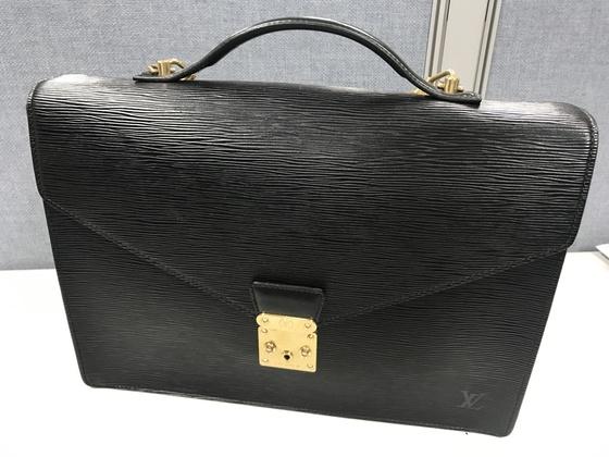 박동준 대표-루이비통 서류가방