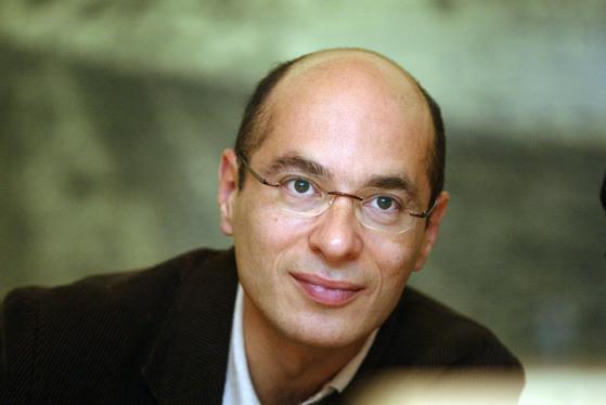 '개미'로 세계적 베스트셀러 작가에 오른 프랑스 소설가 베르나르 베르베르. [중앙포토]