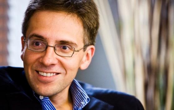 이안 브레머. 스탠퍼드 대학에서 정치학 박사를 받았다. 정치 리스크를 연구하는 유라시아그룹(Eurasia Group)을 설립해 운영하고 있다. [사진 위키미디어]