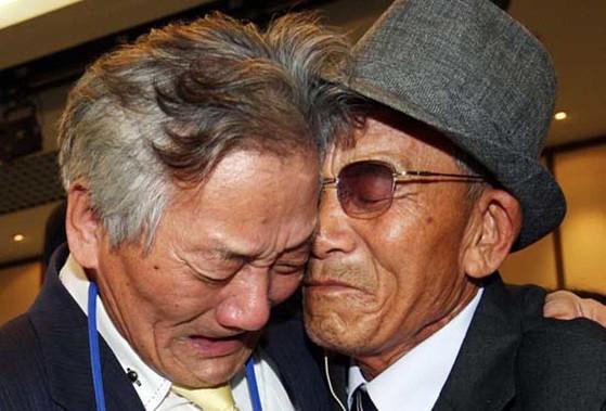2015년 10월 이후 중단된 이산가족 상봉 프로그램. 유엔총회 인권담당인 제3위원회는 이산가족 상봉을 막는 북한 당국이 인권을 침해하고 있다고 판단했다. [중앙포토]