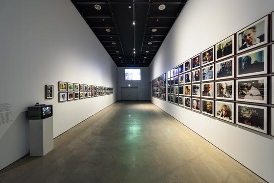 요나스 메카스의 작품을 선보이는 전시장 모습. 사진=국립현대미술관