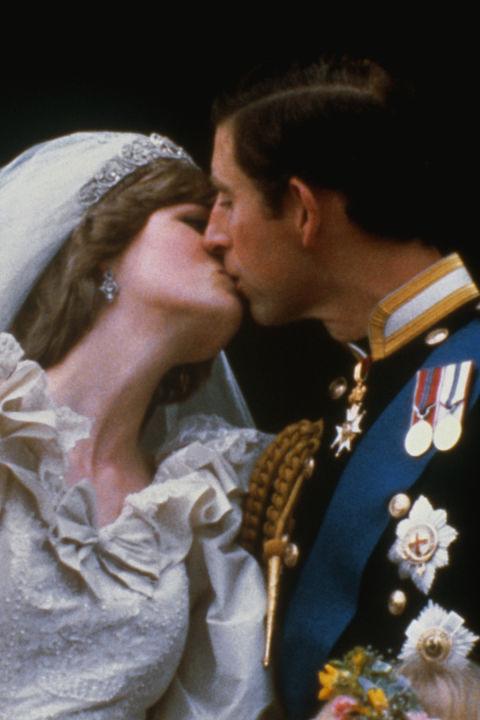 1981년 세기의 결혼식을 올렸던 찰스 왕세자와 다이애나 왕세자비. 두 사람의 결혼식은 TV로 전 세계에 생중계 됐다. [중앙포토]