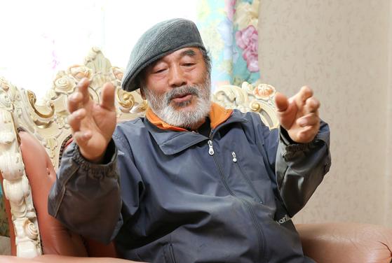 신순용 전 소령이 80년 5월 당시 광주교도소 인근에서 이뤄진 시민군 암매장에 대해 설명하고 있다. 프리랜서 장정필