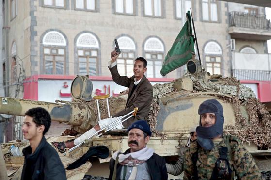 독재·배신·협상…살레 전 대통령의 피살, 예멘에 먹구름 더하다