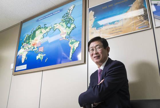 조환익 한국전력공사 사장이 12일 오후 서초동 한국전력 아트센터 내 사무실에서 중앙일보와 인터뷰를 진행했다. 우상조 기자