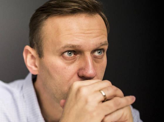 푸틴의 정적 알렉세이 나발니는 대통령 출마가 막혔다. [AP=연합뉴스, 나발니 캠프 제공]