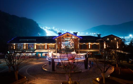 스키하우스는 리프트권 온라인 예매제, 장비 대여 이원화 덕분에 여유로운 편이다. [사진 곤지암리조트]