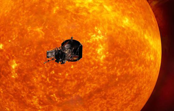 미국 존스 홉킨스대 응용물리연구소가 공개한 파커 태양 탐사선. [AP연합뉴스]