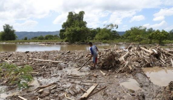 지난달 태풍 '덴빈'이 휩쓸고 간 필리핀 민다나오 섬 [신화=연합뉴스]