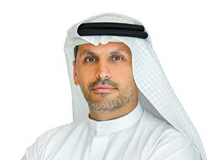 아랍에미리트(UAE)의 칼둔 칼리파 알무바라크 아부다비 행정위원회(Executive Council of Abu Dhabi) 위원 겸 행정청장 겸 무바달라 투자회사 최고경영자(CEO) 겸 영국 프로축구팀 맨체스터시티 FC의 CEO 겸 모기업인 아부다비 유나이티드 그룹 이사 겸 에미리트 원자력공사(ENEC) 이사회 의장.
