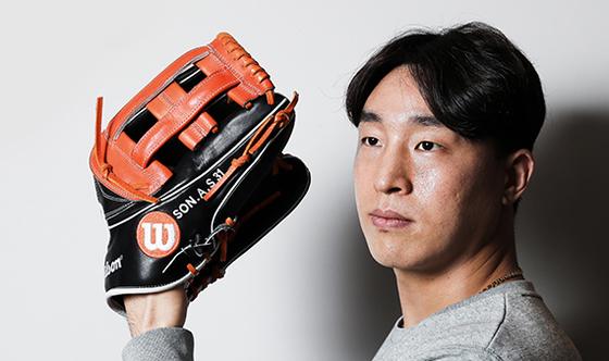 """손아섭 선수는 """"내가 가장 좋아하고 가장 잘 하는 것. 그것이 야구다. 최고가 되고 싶다""""고 했다."""