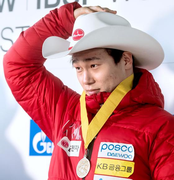 지난해 11월 캐나다 휘슬러에서 열린 스켈레톤 3차 월드컵에서 우승한 윤성빈. [AP=연합뉴스]