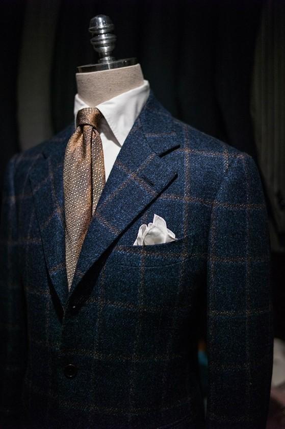 비스포크 방식으로 만든 비앤테일러의 양복. [사진 비앤테일러]