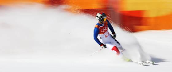 평창올림픽 알파인 스키 활강에 출전한 김동우가 질주하고 있다. [연합뉴스]
