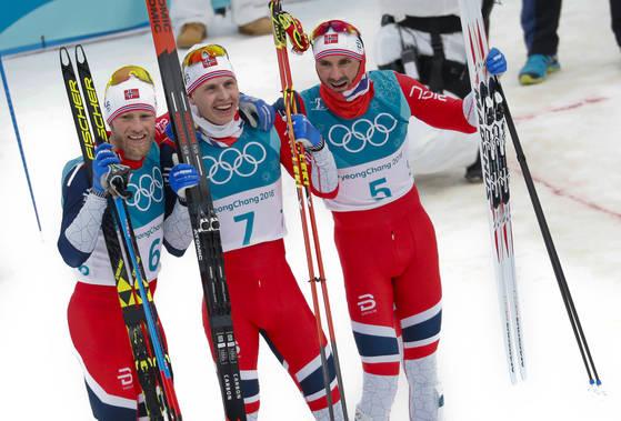 11일 크로스컨트리 15km/15km 금은동을 차지한 노르웨이 선수들 [AP=연합뉴스]
