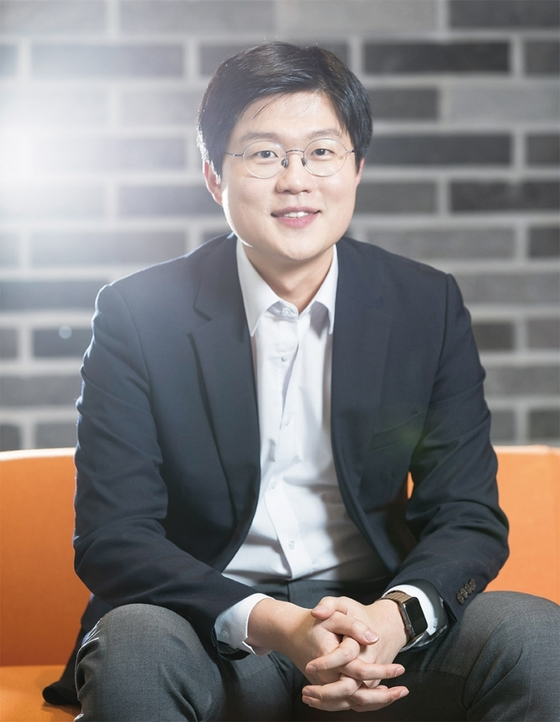 회사명이자 제품명인 웰트는 웰니스 테크놀로지 (Wellness Technology)의 준말이다.