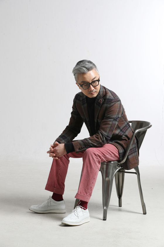 옷 잘 입는 남자 김치호 공간 디자이너.