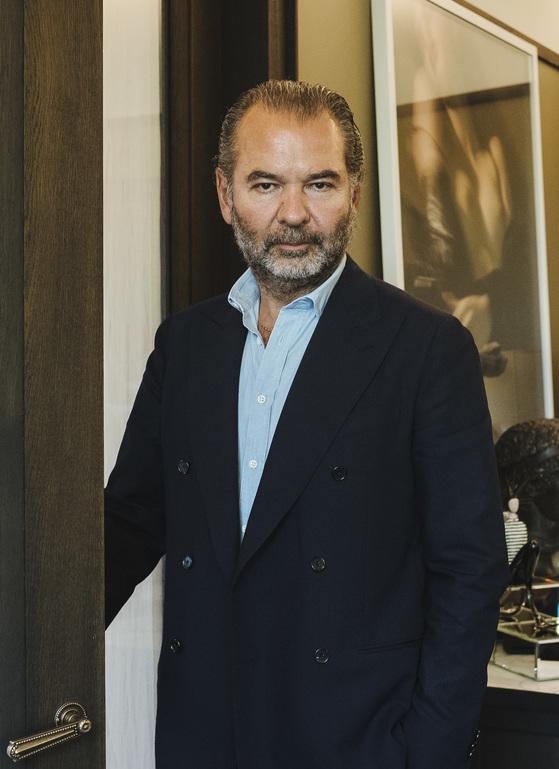 2003년 몽클레르를 인수해 지금의 '럭셔리 패딩' 대표 브랜드로 성공시킨 레모 루피니 회장.