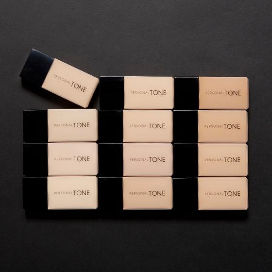 다양한 톤과 명도로 12가지 컬러의 파운데이션을 출시한 어퓨. [사진 에이블씨엔씨]