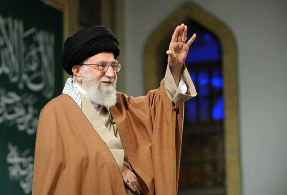 """""""서방 여성 이미지는 누드""""…이란 최고지도자의 히잡 착용 논리는"""