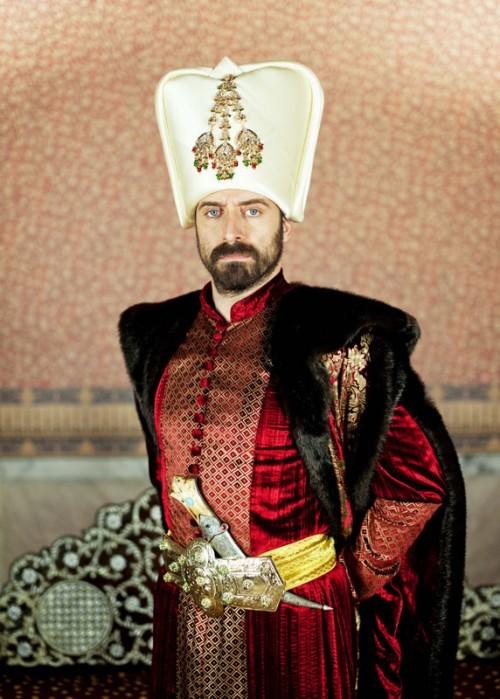 '위대한 세기'에서 터키 배우 할리트 에르겐치가 연기한 슐레이만 황제.