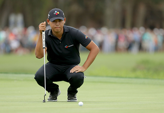 """아쉽게 PGA 투어 우승을 놓친 김시우는 '마지막 홀 퍼트로 돌아가고 싶다""""고 했다. [AFP=연합뉴스]"""