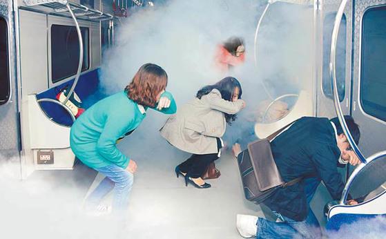대구시민안전테마파크의 지하철 안전 체험관. 실제 사고가 난 상황을 연출한다.