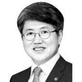 유경준 코리아 텍 교수