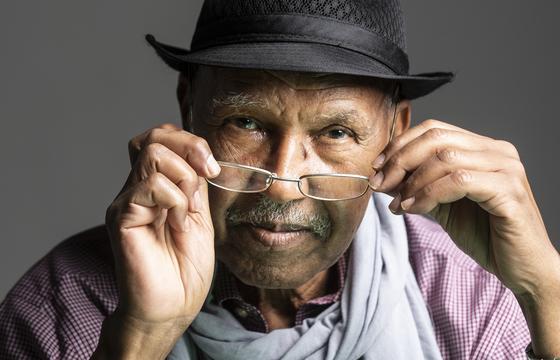 """소말리아 작가 누르딘 파라. '한국처럼 소말리아도 분단의 아픔을 겪는다""""고 했다. [권혁재 사진전문기자]"""