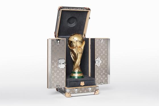 루이비통 2018 월드컵 트로피 케이스. 사진 루이비통