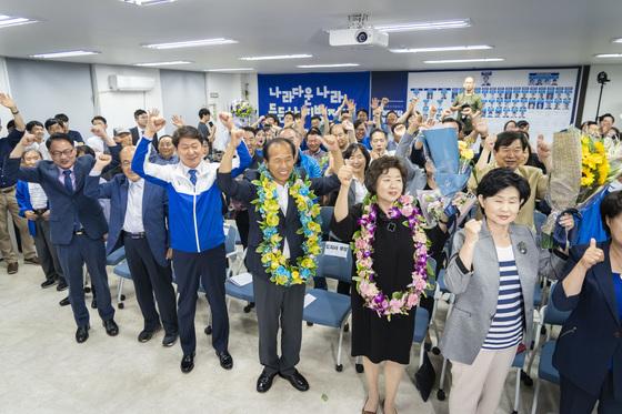 6.13지방선거에서 3선에 성공한 더불어민주당 최문순 당선인. [사진 최문순 후보 캠프]