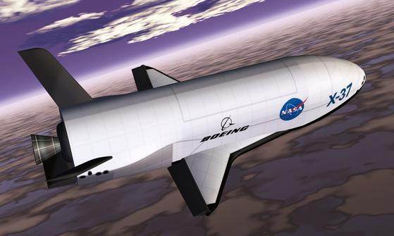 보잉이 만든 무인 우주왕복선 X-37. 정식 명칭은 궤도 시험선(OTV)이다. [사진 보잉]
