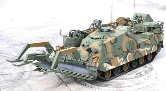 지난달 전투적합 판정을 받은 장애물 개척 전차의 모습. [사진 방사청]