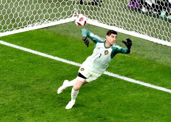 2018 러시아 월드컵에서 선방쇼를 펼친 벨기에 골키퍼 쿠르투아. [EPA=연합뉴스]