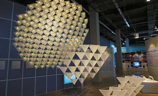 오세헌의 '오픈 카이트'. 연의 기본 디자인 데이터를 공유하면 원하는 사람 누구나 다운로드 받아 3D 프린터로 출력해 자신이 원하는 모양과 크기의 연을 만들 수 있게 한 프로젝트다.