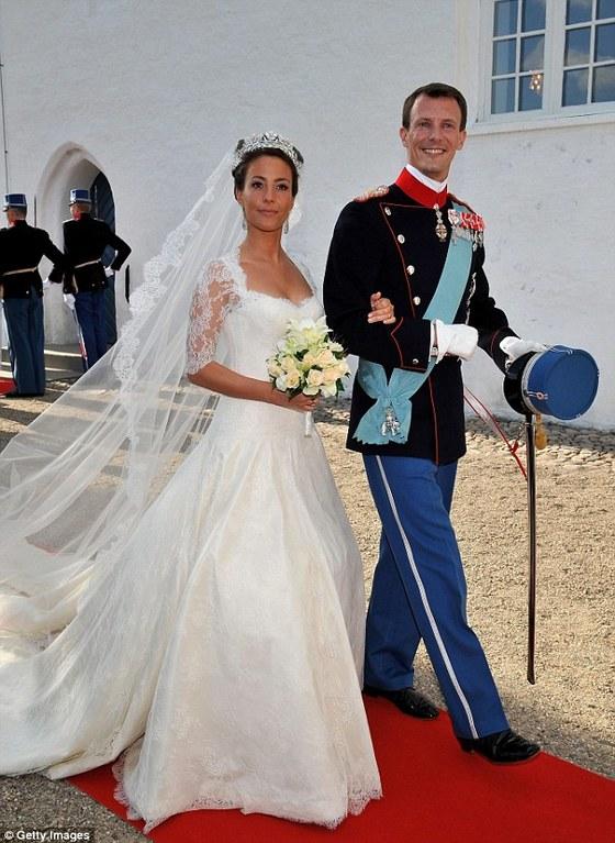덴마크 요아임 왕자와 두 번째 부인 마리의 결혼식.마리는 프랑스 출신이다.