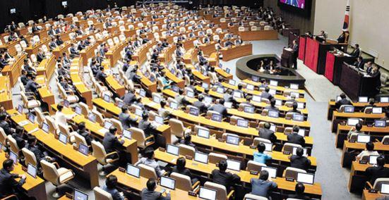 부쩍 바빠지는 국회…오늘부터 8월 임시국회, 정개특위 활동 시작