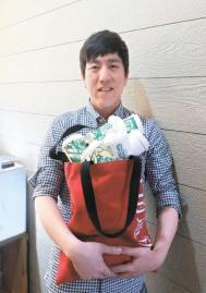 [江南通新이 담은 사람들] 회사원에서 예술가로, 내 도화지는 일회용 컵