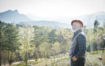[당신의 역사] 조훈현이 커피 나르던 권금성산장, 거기 한국 3대 털보가 있었네