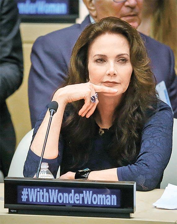 [사진] 유엔 여성 인권 명예대사 '원더우먼'