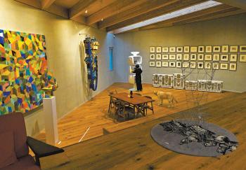 [공간] 침실엔 앤디 워홀, 서재엔 마그리트  미술관이 된 집, 집이 된 미술관